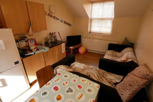 Thumbnail Property to rent in Mount Preston Street, Leeds