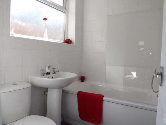 Bathroom of Westham Street, Lancaster, Lancashire, United Kingdom LA1