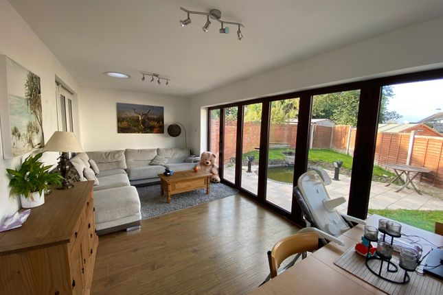 3 bed property to rent in Danbury Road, Shirley, Solihull B90