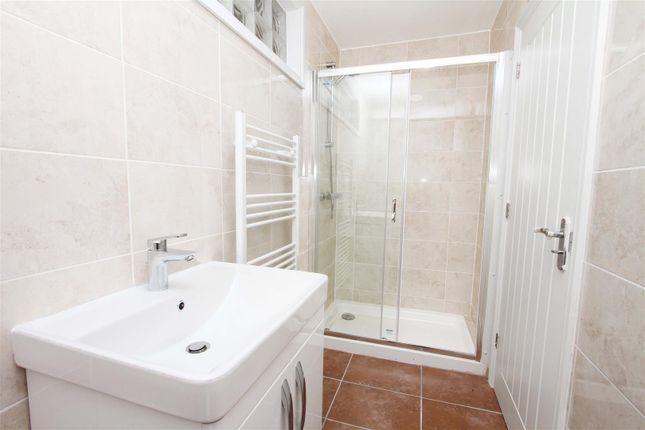 Bathroom of Thornhill Road, Ickenham UB10