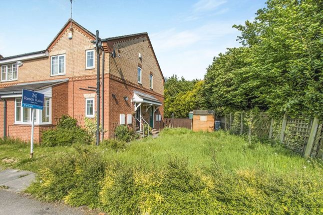 Thumbnail Semi-detached house to rent in Merlin Close, Morley, Leeds