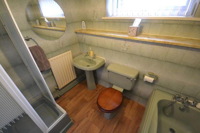 Bathroom of Pendine Close, Callands, Warrington WA5