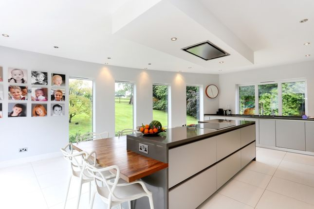 Thumbnail Detached house to rent in Newlands Dell, Pipers Green Lane, Edgware