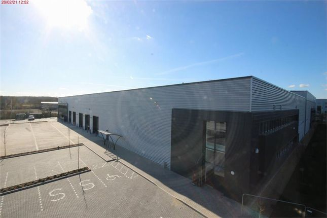 Thumbnail Industrial to let in Thatcham Park, Gables Way, Thatcham, Berkshire