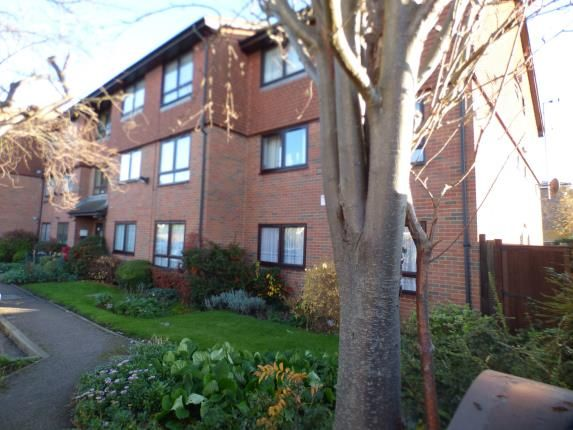 Thumbnail Flat for sale in Holmleigh Court, Ponders End, Enfield, Middlesex