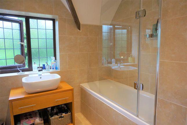 Bathroom of Overslade Lane, Rugby CV22