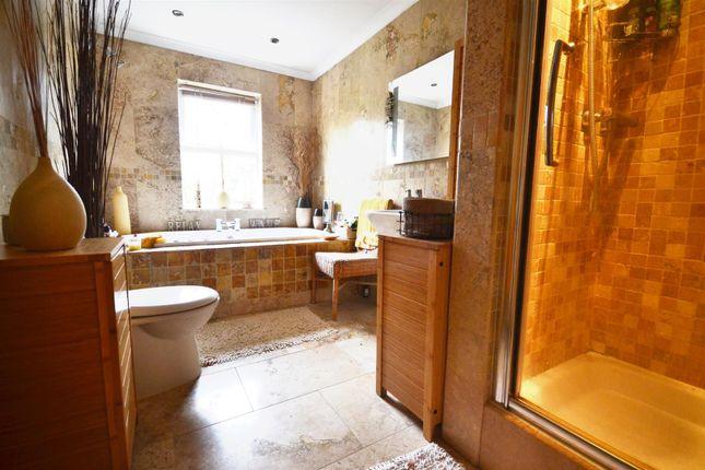 Bathroom of Bryn Hir, Old Narberth Road, Tenby SA70