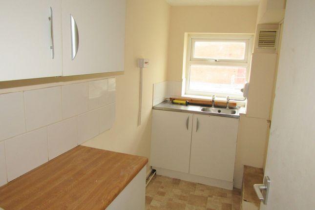 Thumbnail Flat to rent in 28 Sussex Street, Rhyl, Denbighshire