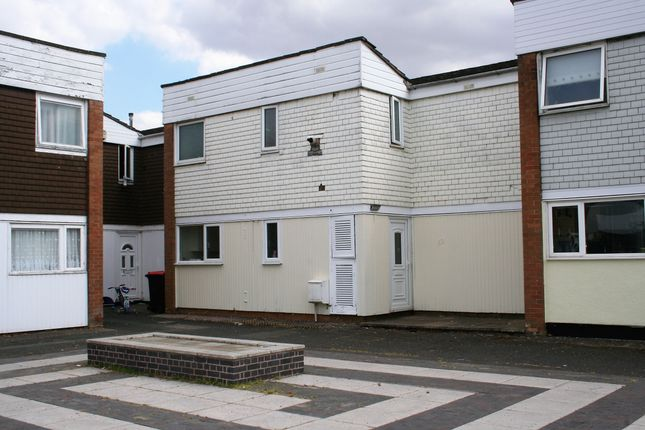 Thumbnail Terraced house for sale in Sandcroft, Telford