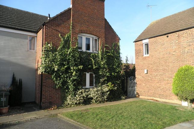 Thumbnail Terraced house to rent in Dunlin Drive, Kidderminster