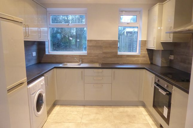 Thumbnail Property to rent in Northfields, Dunstable