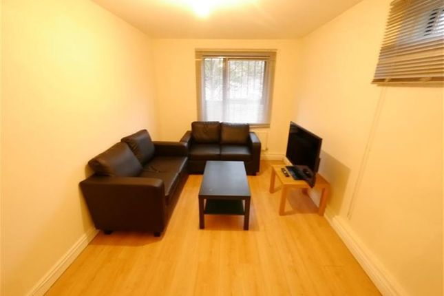 Thumbnail Property to rent in Victoria Street, Leeds