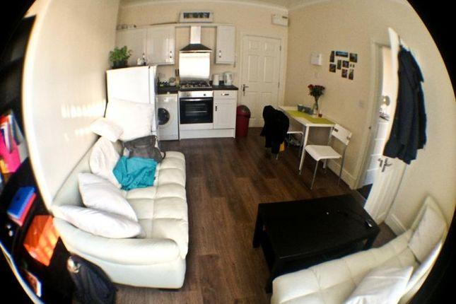 Thumbnail Flat to rent in Flat 2, Roundhay Road, Leeds