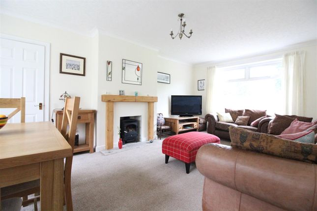 Living Room of Dunswell Road, Cottingham HU16