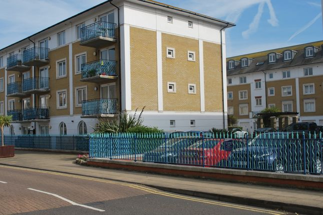 2 bed flat for sale in Collingwood Court, Brighton