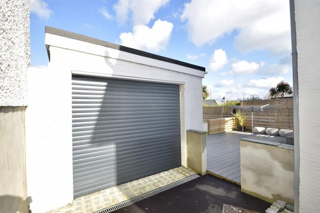 Detached Garage of Grovehill Crescent, Falmouth TR11