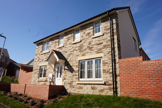 Thumbnail Property for sale in Tom Putt Mews, Trevethan Meadows, Liskeard