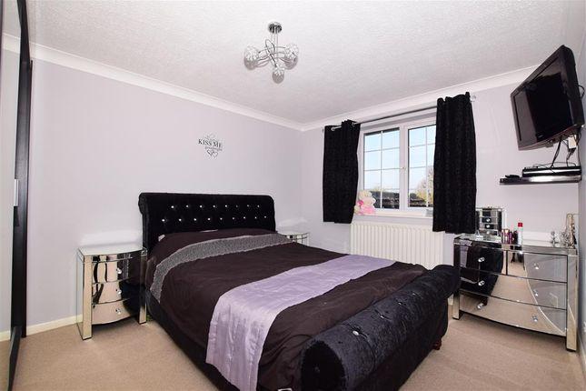Bedroom 1 of Old Barn Road, Leybourne, West Malling, Kent ME19
