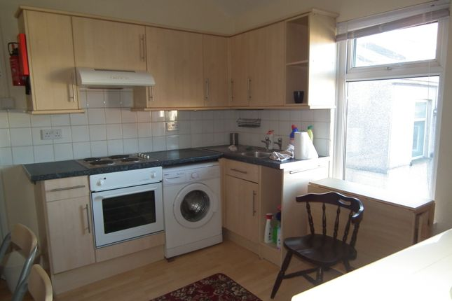 Thumbnail Flat to rent in York Place, Newport