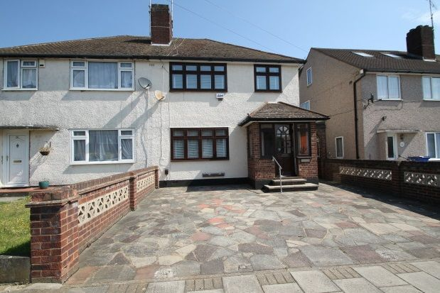 Thumbnail Property to rent in Lockesley Drive, Orpington
