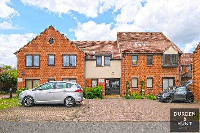 1 bed flat for sale in Abigail Court, Ongar CM5