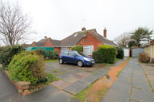 2 bed bungalow to rent in Harwood Avenue, Goring-By-Sea, Worthing BN12