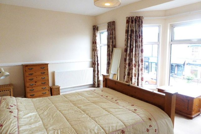 Bedroom 1 of Chanterlands Avenue, Hull HU5