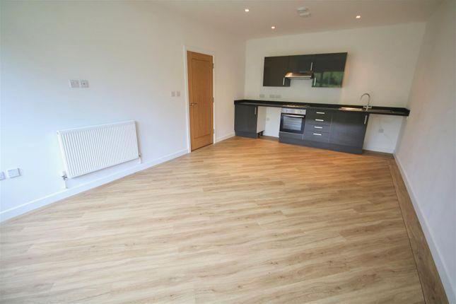 Thumbnail Flat to rent in Furze Court, Wickham Road, Fareham