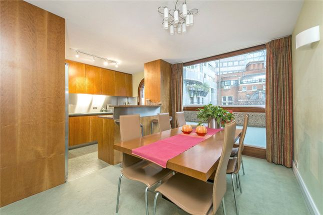 Thumbnail Terraced house to rent in Wallside, Barbican, London