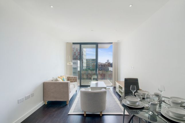 Thumbnail Flat to rent in 1 Chaucer Gardens, London