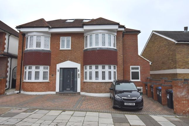 Thumbnail Flat to rent in Ivy Road, Southgate