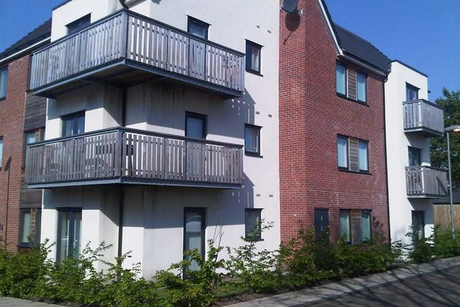 Thumbnail Flat to rent in 9, The Place, Swinton