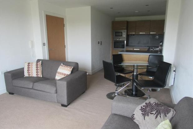2 bed flat to rent in Red Bank, Manchester M4