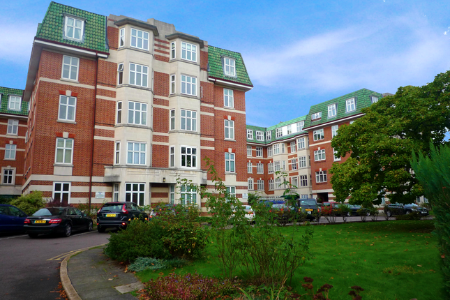 Thumbnail Flat to rent in Haven Green Court, Haven Green, Ealing Broadway