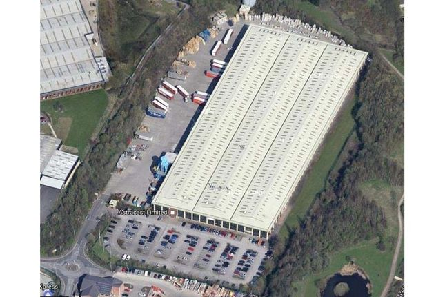 Thumbnail Warehouse to let in Euroway 26, Euroway Industrial Estate, Roydsdale Way, Bradford, West Yorkshire, UK