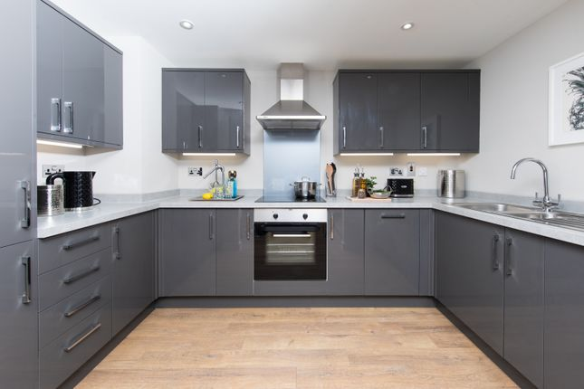 1 bedroom flat for sale in Victoria Avenue, Southend-On-Sea, Essex