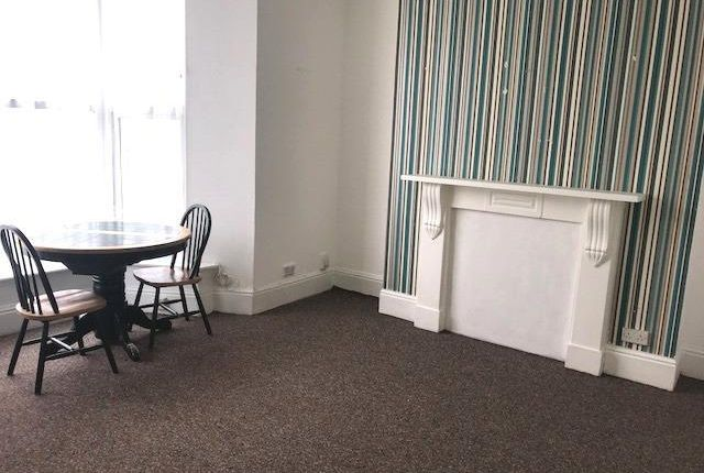 Flat to rent in Headland Park, Plymouth