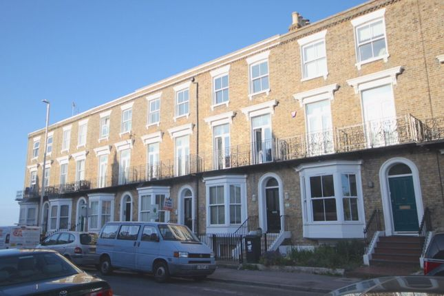 Thumbnail Flat to rent in Westbrook Gardens, Margate