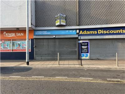 Thumbnail Retail premises to let in 133, Carlton Street, Castleford, West Yorkshire