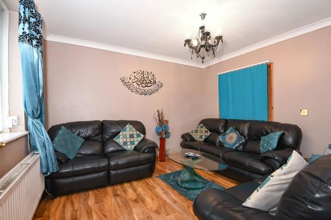 Bed Room House For Sale In Slough Berkshire