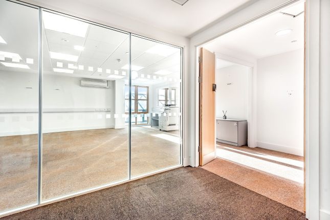 Thumbnail Office to let in King Edward Court, Windsor