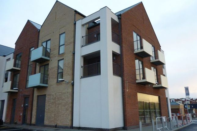 2 bed flat to rent in Poyner Court, Lawley Square, Lawley