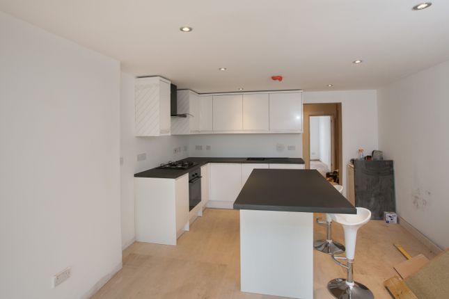 Thumbnail Semi-detached house to rent in North Road, Essex