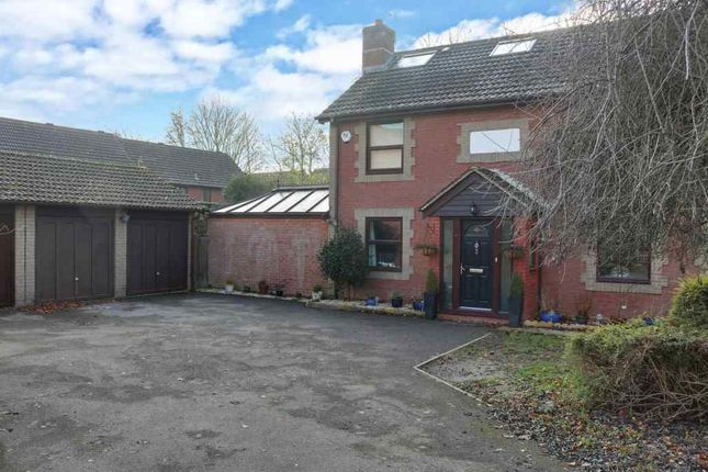 Thumbnail Detached house for sale in Beech Close, Bramley, Tadley