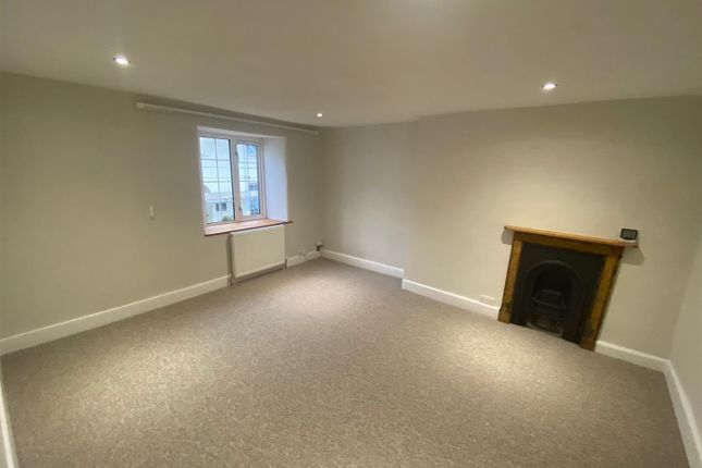 2 bed cottage to rent in East Street, Braunton EX33
