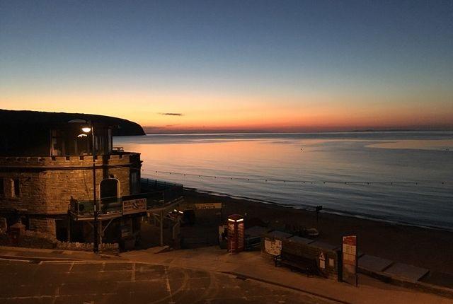 Nearby Beaches Sunrise