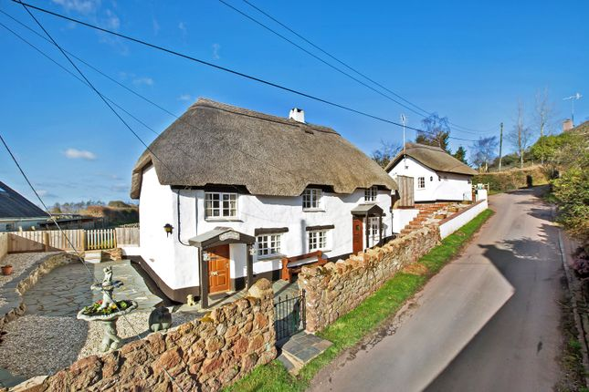 Thumbnail Cottage for sale in Gabwell Hill, Stokeinteignhead, Newton Abbot