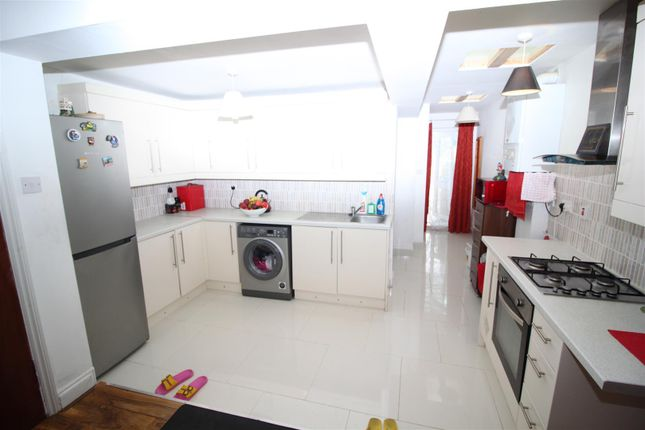 Kitchen Area of Queens Road, Southall UB2