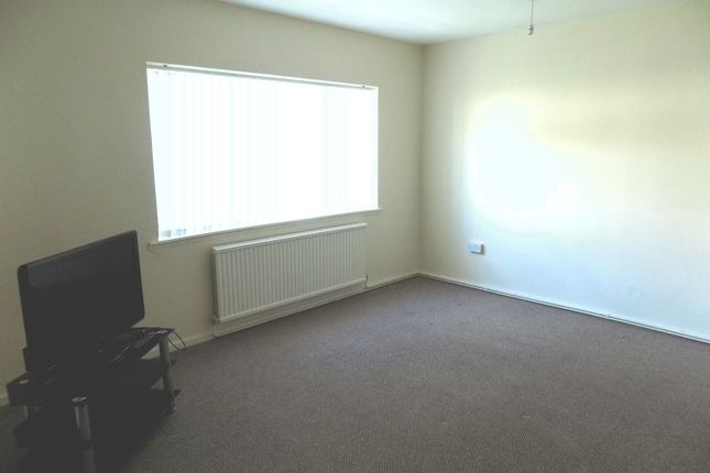 Thumbnail Flat to rent in Buxton Court, Caerphilly