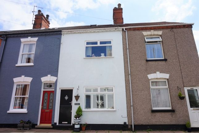 Thumbnail Terraced house for sale in Haigh Street, Cleethorpes